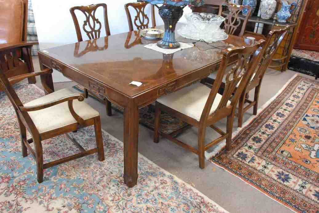 Lovely Drexel Heritage Dining Chairs