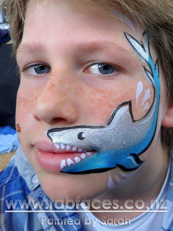 A Brilliant Easter Bunny Face Paint Idea Here Face Painting Is An Easy Fundraiser Especially If You H Shark Face Painting Face Painting Easy Bunny Face Paint