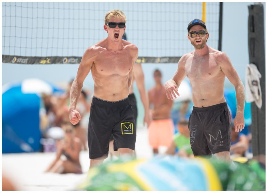 Team Paul Mitchell Volleyball Player Avery Drost L And Team Paul Mitchell Volleyball Player Ty Tramblie R S Beach Volleyball Volleyball Volleyball Players