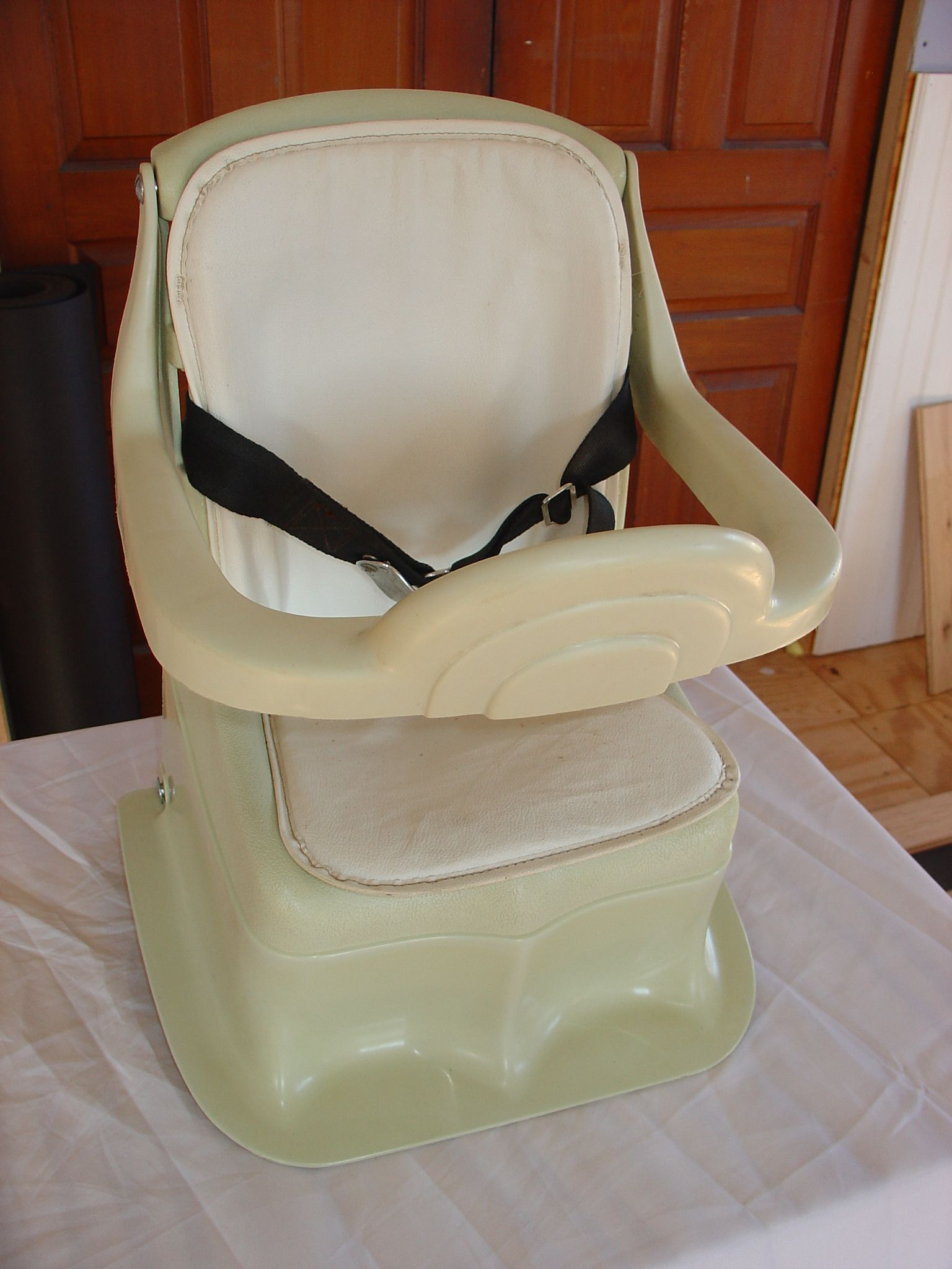 GM CR1 1969 (With images) Child safety seat, Vintage