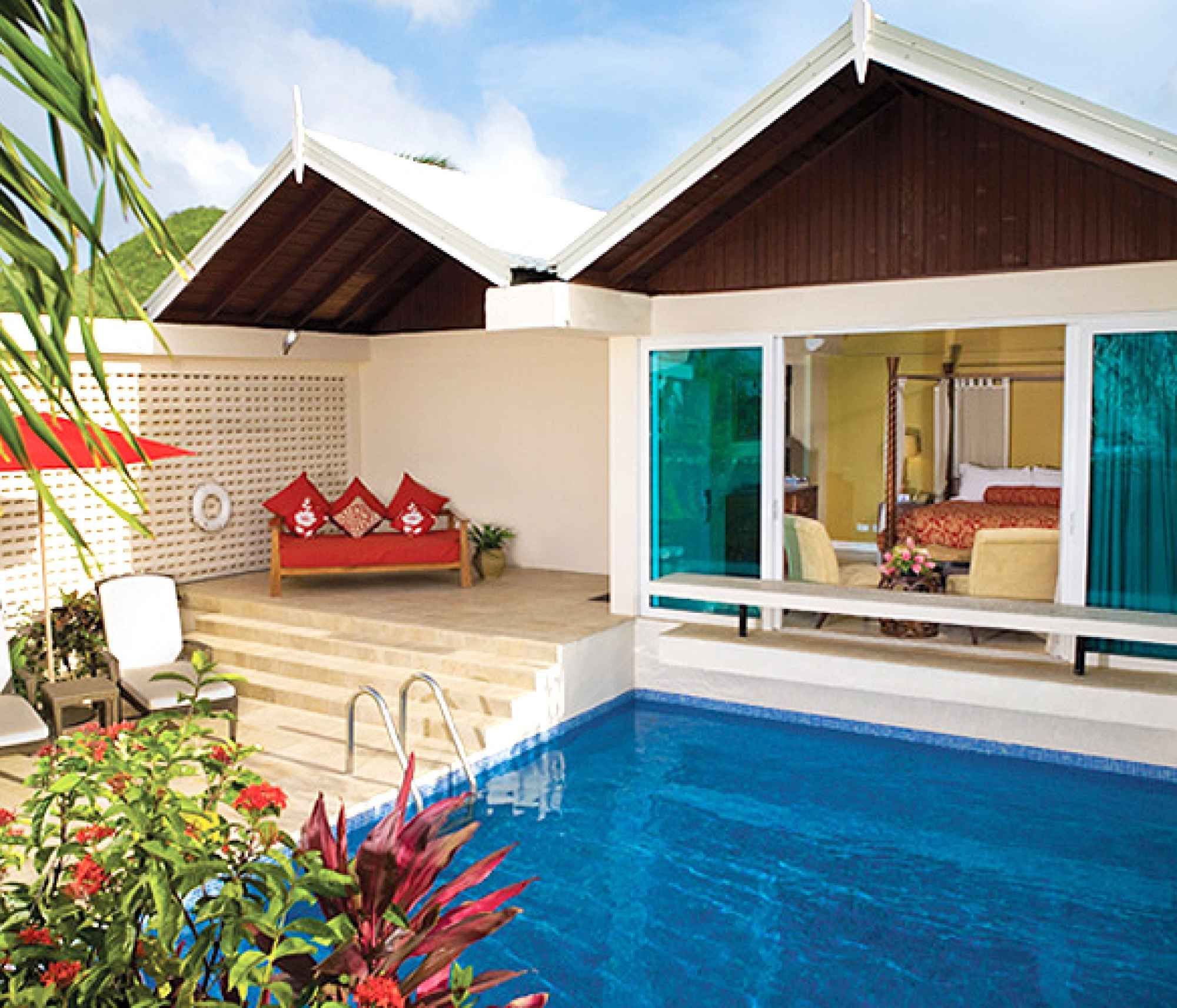 Honeymoon Resorts with Private Plunge Pools for Romantic