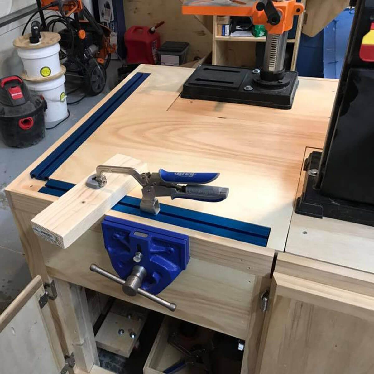 Reader Project Mobile Flip Top Workbench In 2020 Workbench Workbench Plans Diy Workbench Vice