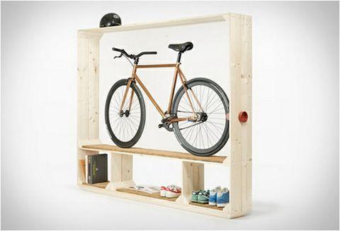 Diseño: Zapatos, libros, bicicleta Por POSTFOSSIL | mypinkadvisor.com