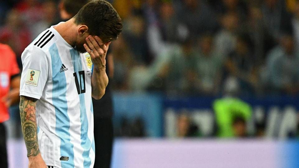 Messi I M Sorry Argentina Please Don T Cry Messi Crying Argentina Crying Moment Messi Argentina Messi Messi Sut Hong Pen A Lionel Messi Messi Crying Messi