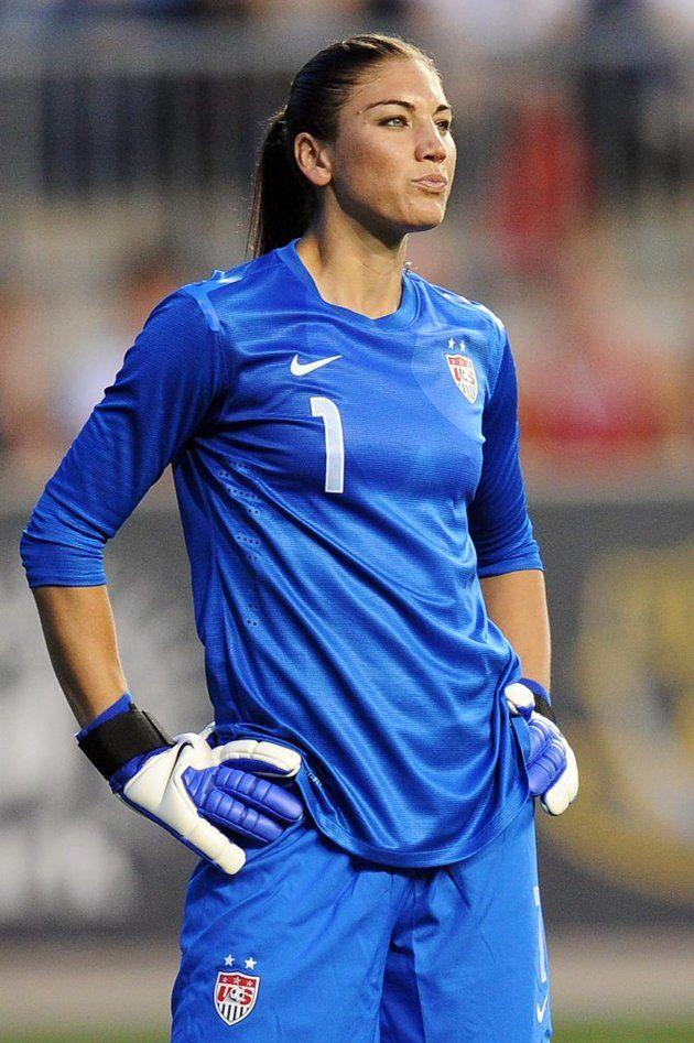 Team Usa S Goalkeeper Hope Solo Usa Soccer Women Women S Soccer Team Womens Soccer