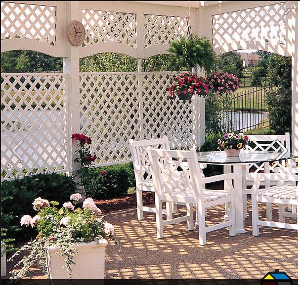 que sea con colores alegres y claros. que tenga sillones o sillas cómodos, con plantas, flores, con toldo lindo o con techo trasparente para que no se pierda luz¡¡¡