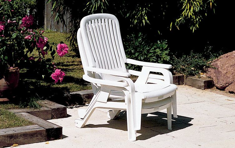 Bahia Stacking Deck Chairs With Fold Out Footrests Cushions Sold Separately Deck Chairs Chair Outdoor Chairs