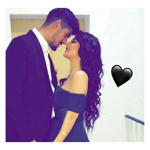 Pin By أطفالي حياتي On Soul Couple Photoshoot Poses Couple Photography Poses Cool Girl Pictures