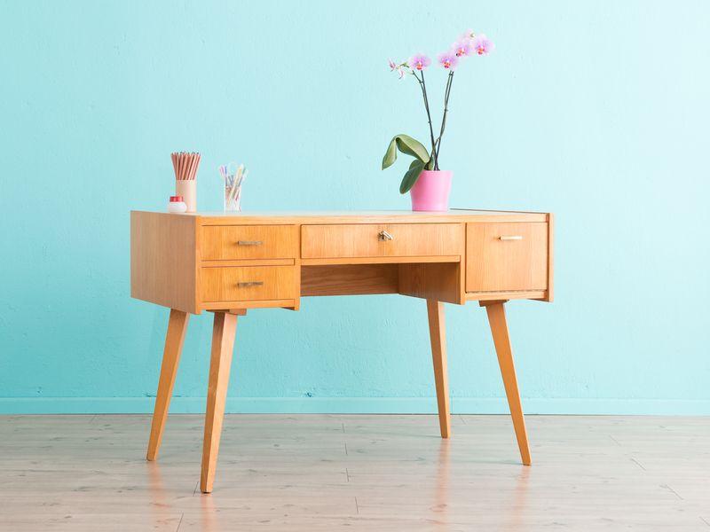 50er jahre schreibtisch vintage 60er jahre von mid century friends auf m bel in. Black Bedroom Furniture Sets. Home Design Ideas