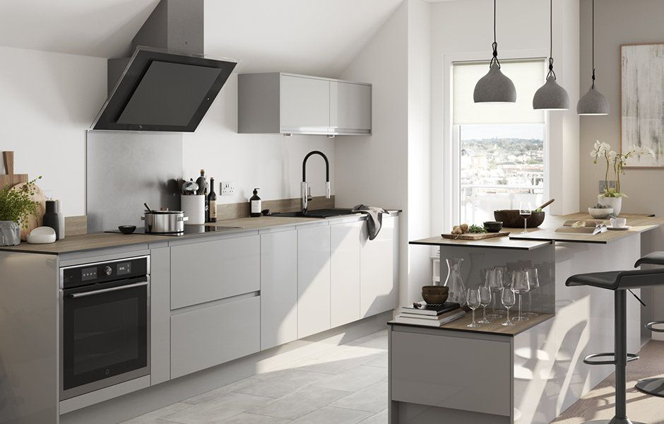 Garcinia Gloss Light Grey Integrated Handle Fitted Kitchens Diy At B Q In 2020 Kitchen Fittings B Q Kitchens Kitchen