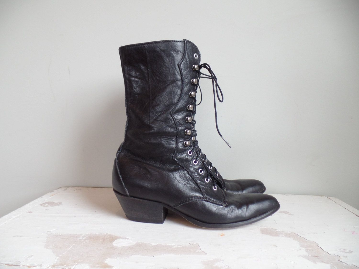 1fd1fe7eb2f Vtg Laredo Lace Up Boots    Black Leather Roper Boots    Justin    Country  Western Granny Pointy Toe    USA    Womens Size 6.5 M by BerkshireJules on  Etsy