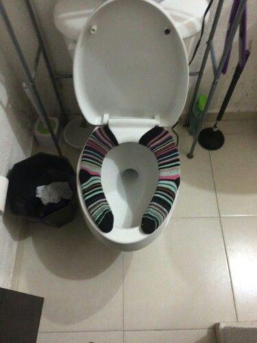 Ideas con calcetines pares y la pareja del que se comió la lavadora.  :)
