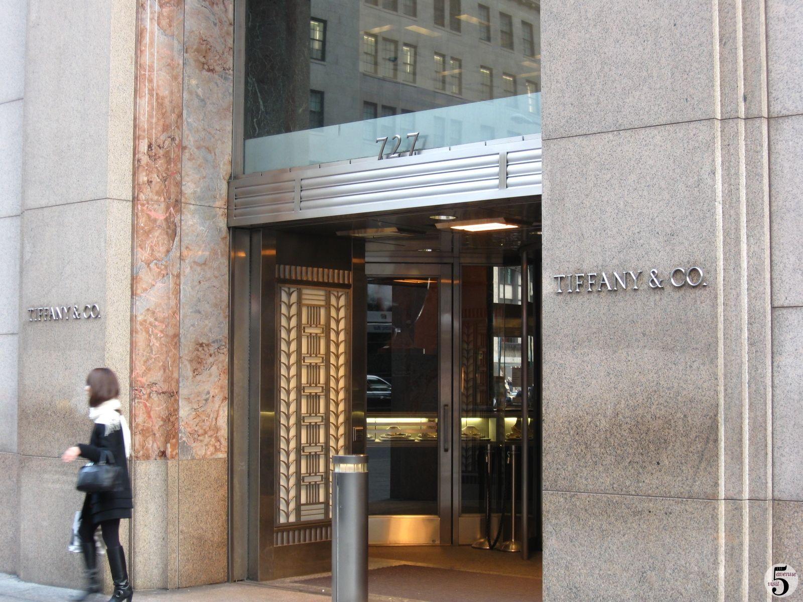 4127fbd5f93b6 Tiffany & co | NYC | 5th avenue new york, Tiffany store, Tiffany