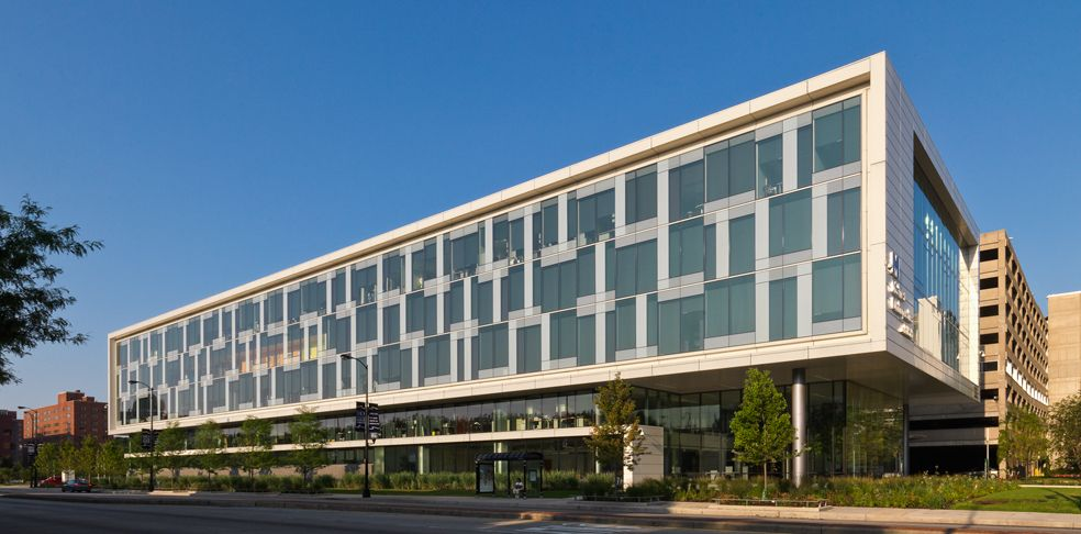 Orthopedic Ambulatory Building Perkins+Will
