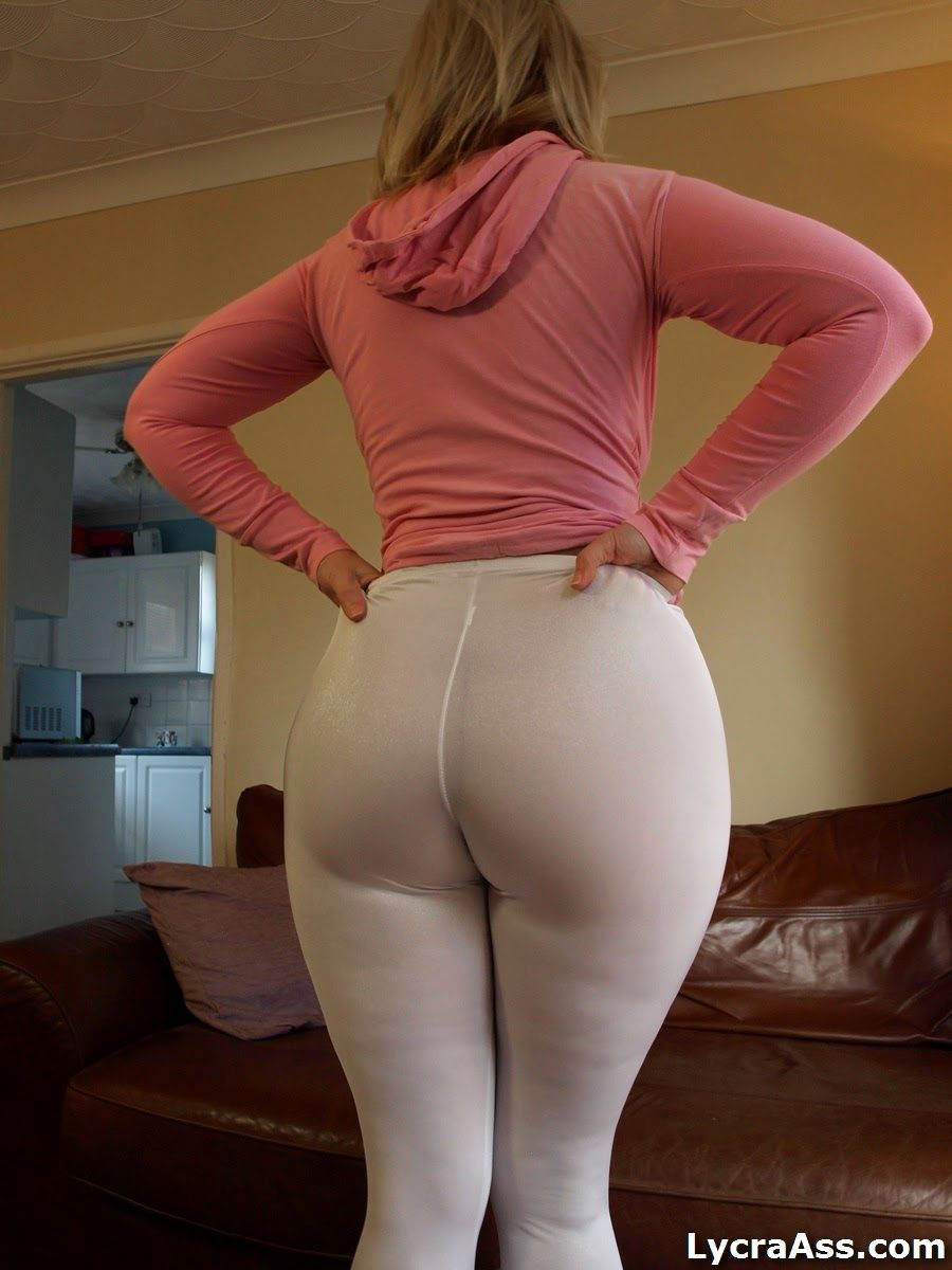 Big spandex ass