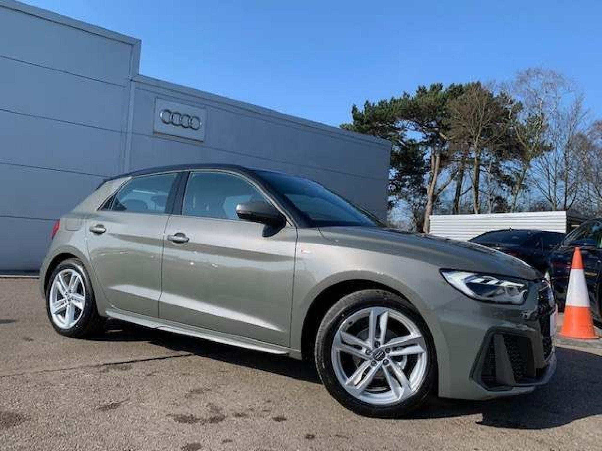 Audi A1 1 0 Tfsi 25 S Line Sportback S S 5dr In 2020 Audi A1
