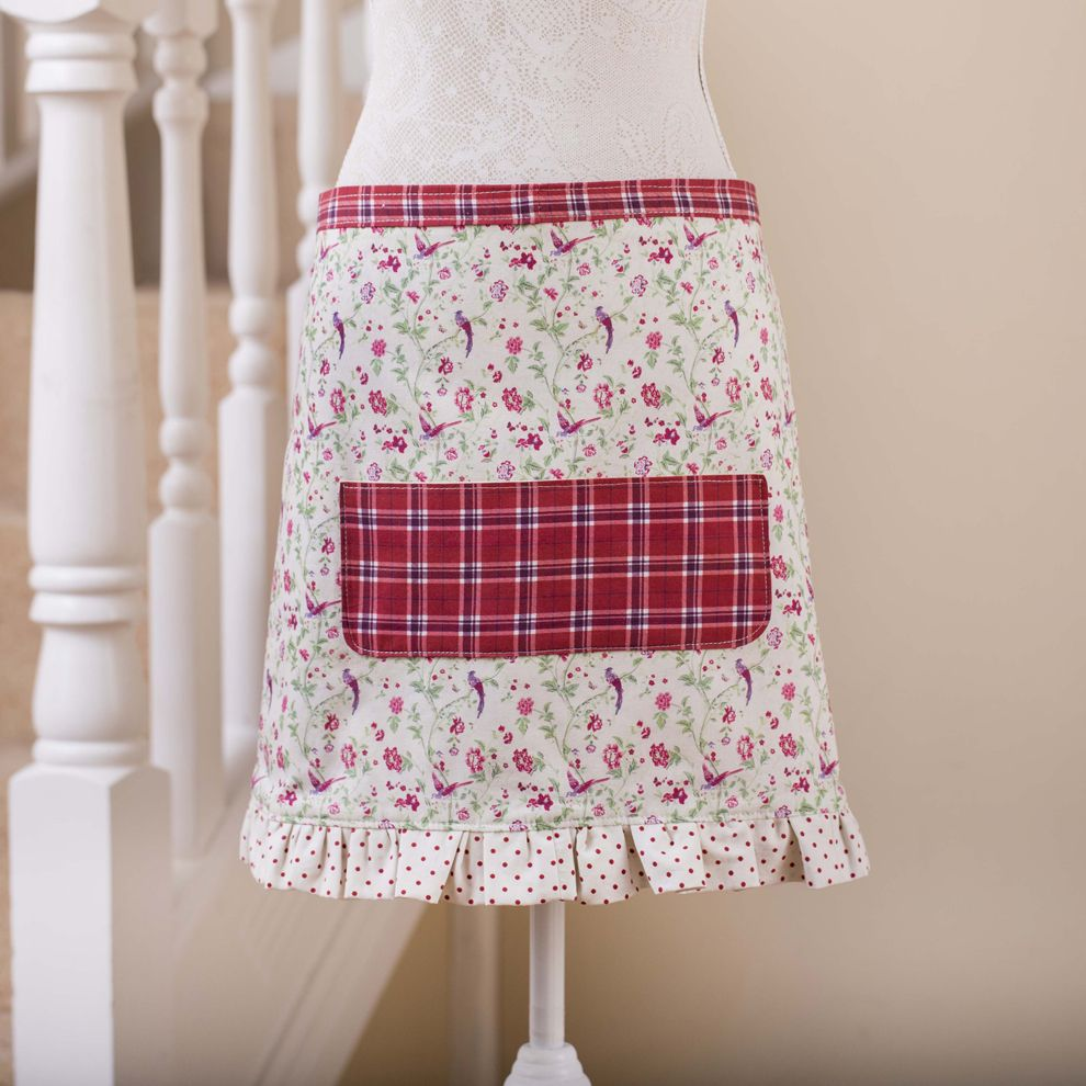 MAKE YOUR OWN APRON: THE BLOG