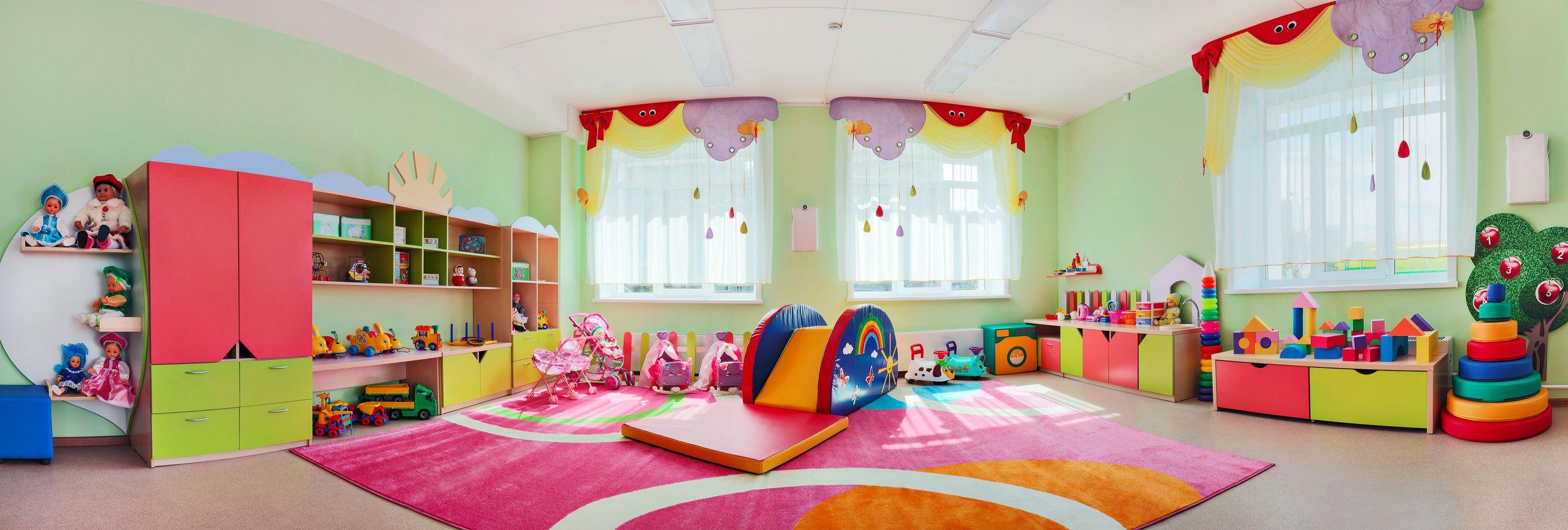 """Projekte mit Eltern: """"Unsere Kita soll schöner werden"""" - Sicherlich gibt es in Ihrem Kindergarten auch einen Bereich, der etwas stiefmütterlich wirkt. Sie möchten ihn gern umgestalten. Wie wäre es, wenn Sie eine Elternaktion mit dem Motto """"Unsere Kita soll schöner werden"""" daraus machen?"""