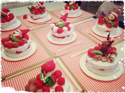 2014年3 4歳さんクラスのクリスマス工作 クリスマスのケーキ クリスマスケーキ 工作 クリスマス工作 クリスマスケーキ