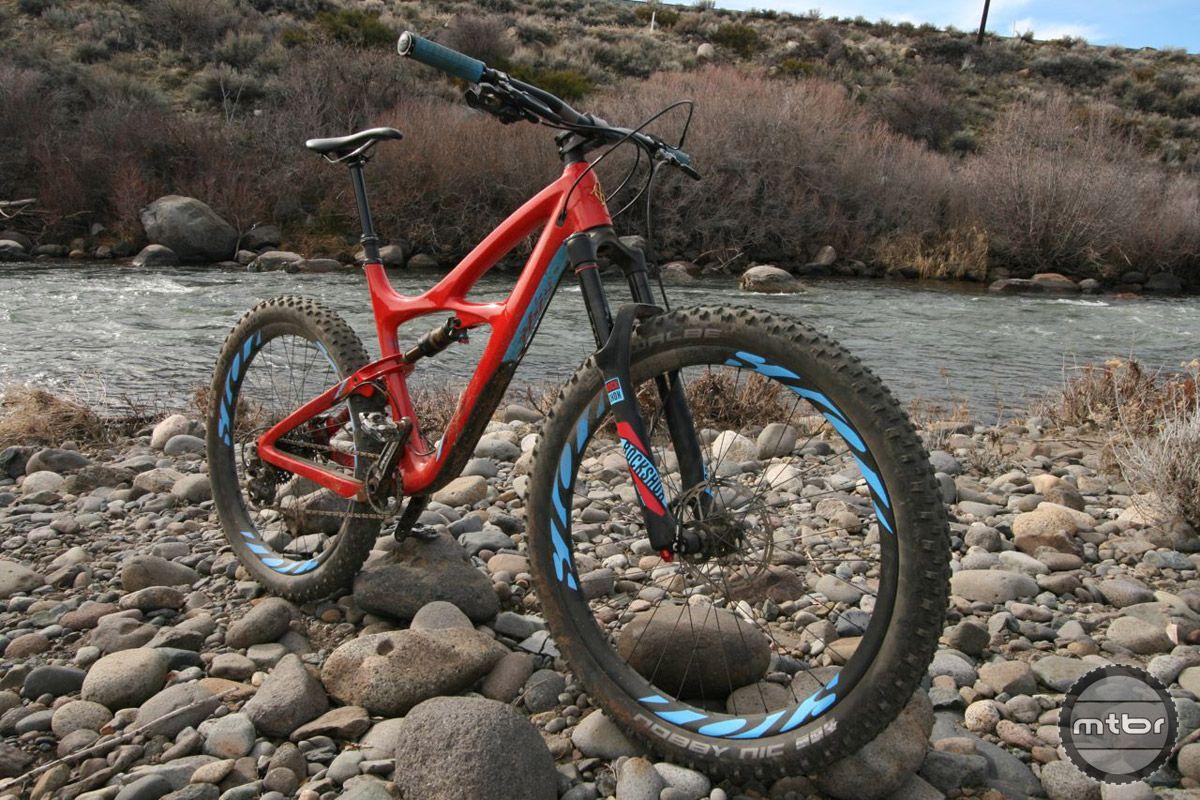 Ibis Mojo 3 First Ride Review Mtbr Com Ibis Bike Trails Mojo