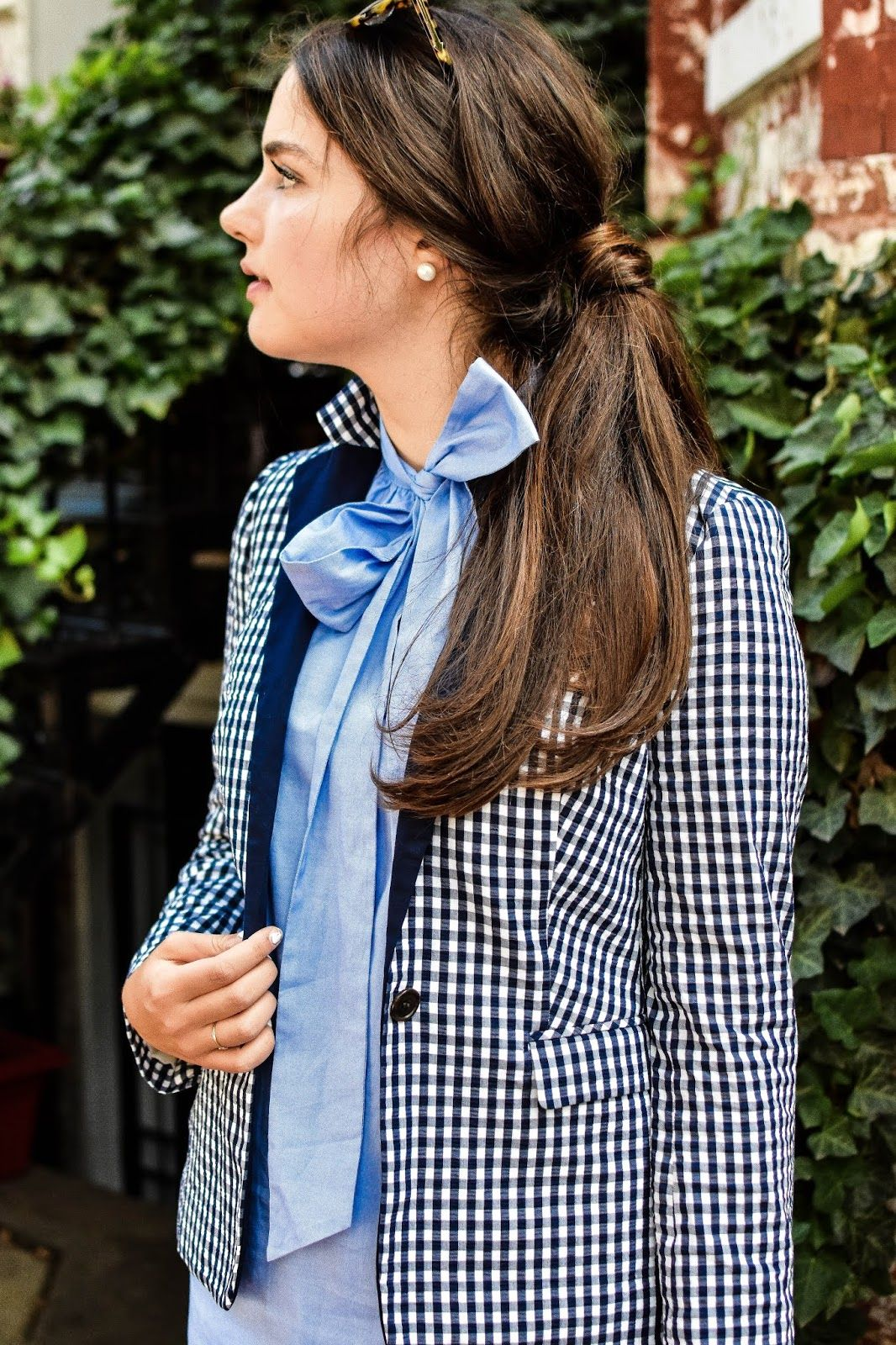 Lively Ivy || Outfit Post || Brunettes and Pearls || Classic Prep Summer Fall Style Blog || Preppy Fashion Blogger