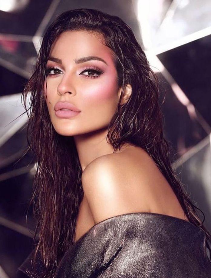 8ad2f9f30b2 The beautiful Nadine Nassib Njeim  makeupforever