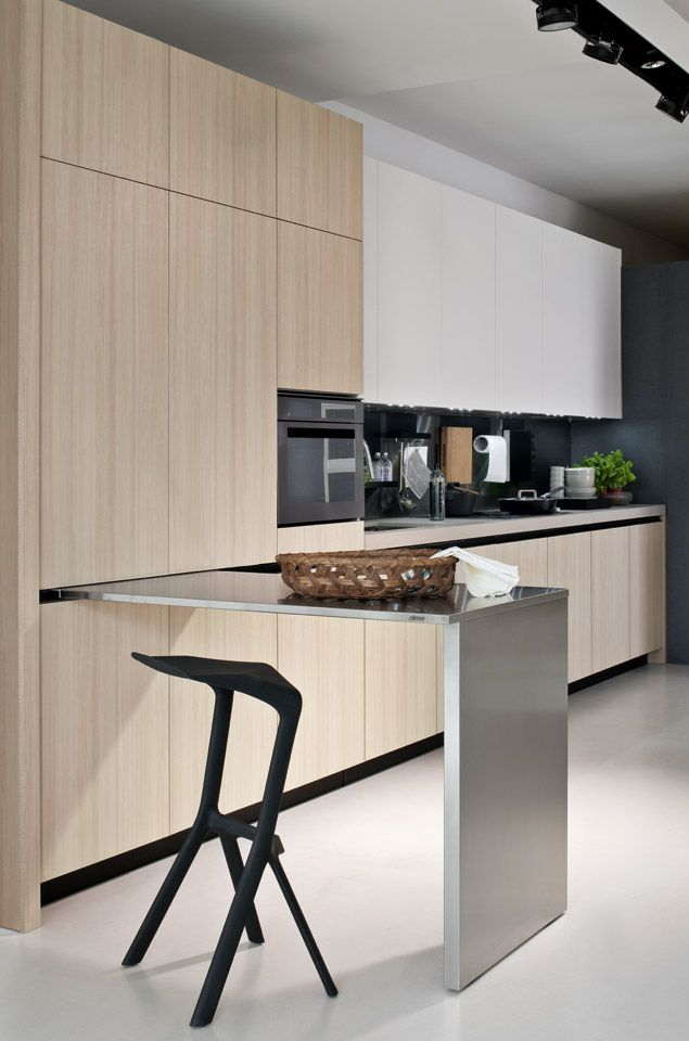 Kitchen With Sliding Table Fly 04 Elmar Cucine Cuisine Moderne