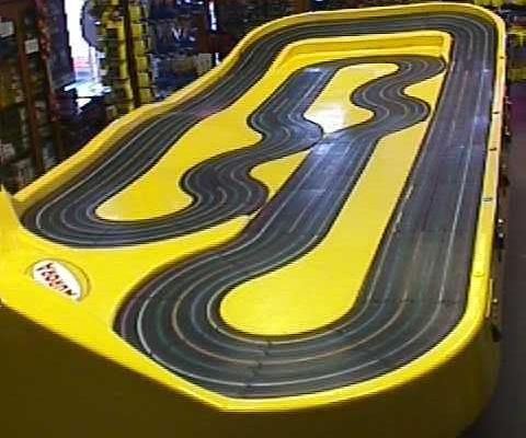 6 Lane Aurora Tub Track Raceway Slot Car Tracks N Cars