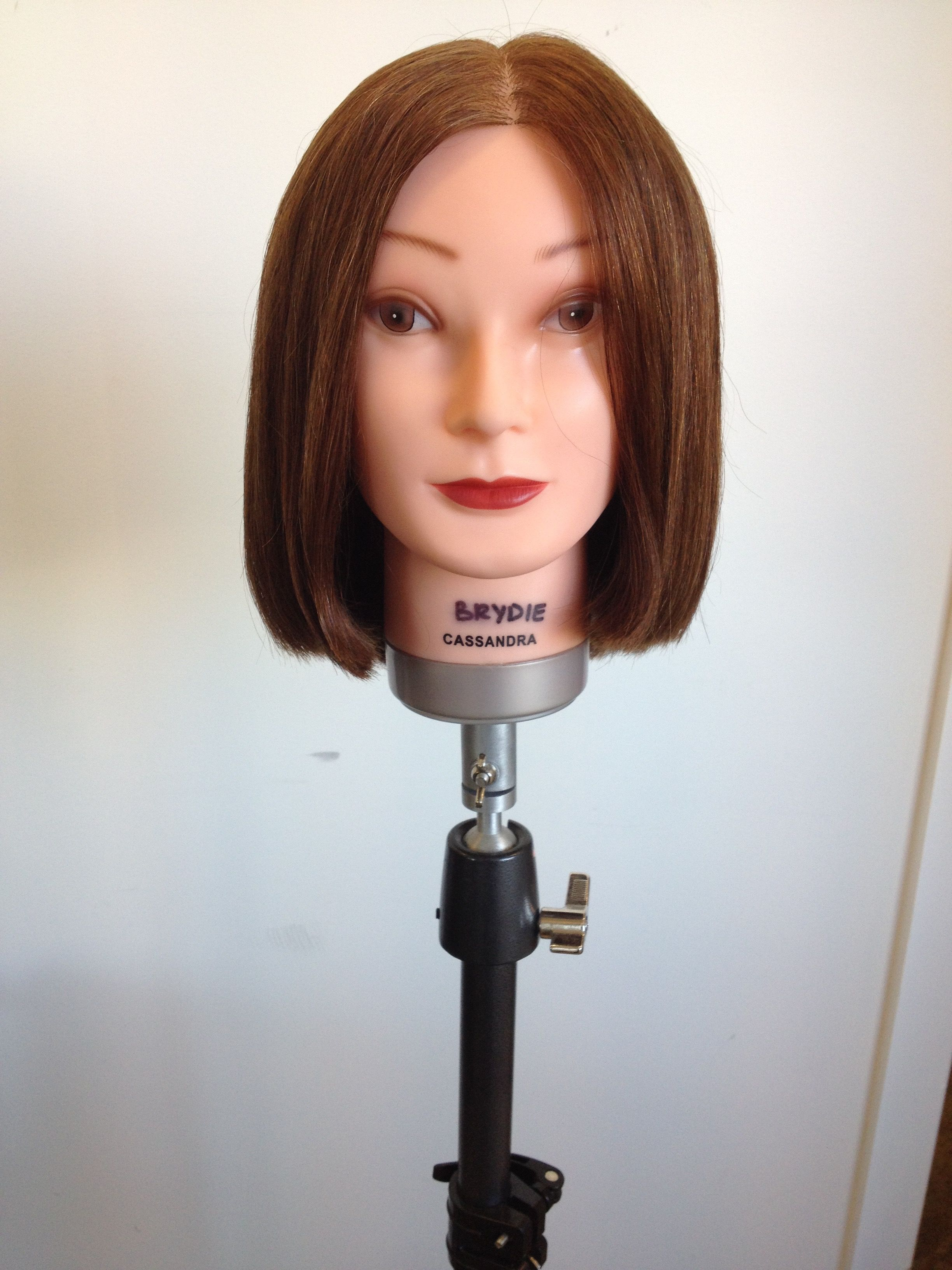 Convex Graduated Front View Look Book Graduated Haircuts