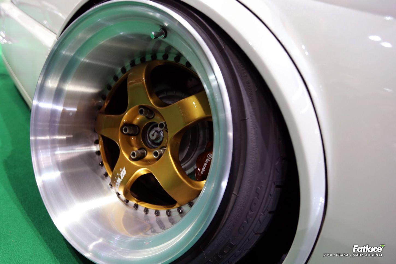 reverse mounted face Retro caravan, My dream car, Car wheel