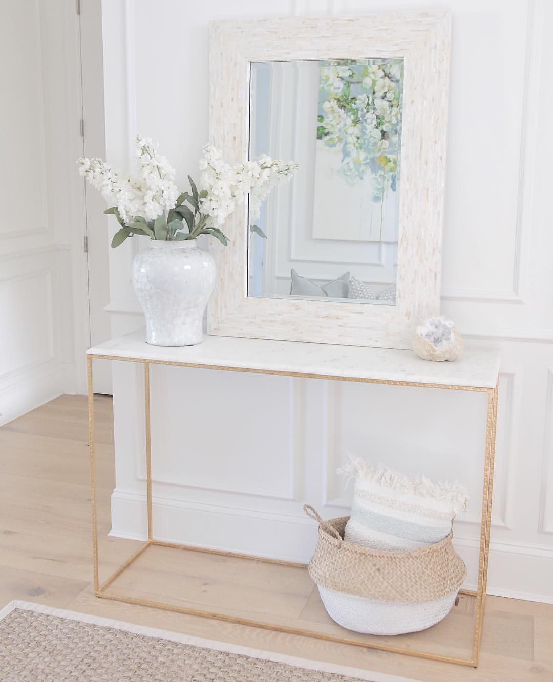 578 Likes 21 Comments Sonja Jshomedesign On Instagram I M Loving This Mother Of Pearl Entryway Table Decor Entrance Table Decor Entryway Console Table