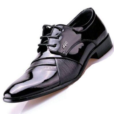 991760557cd Cheap Moda del estilo británico hombres de boda zapatos Oxford oficina para  hombre señaló charol zapato de dedo zapatos de vestir de cuero M1859