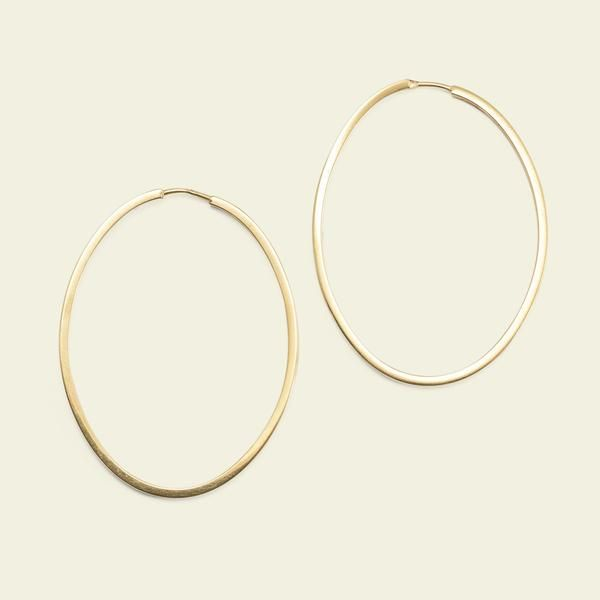 The Earliest Form Of Jewelry Is The Hoop Earring Dating To The Third Millennium Bc In The Ancient Sumerian City Of Ur Modern Day I Gold 18k Gold Hoop Earrings