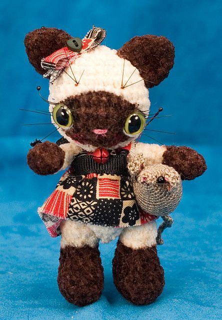Seal Point Siamese Kitty Cat #amigurumi #crochet