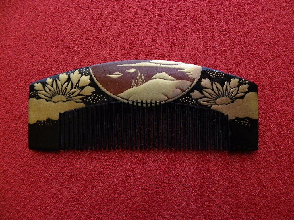 Excellent Vintage Japanese Lacquerware Hair Comb MAKIE