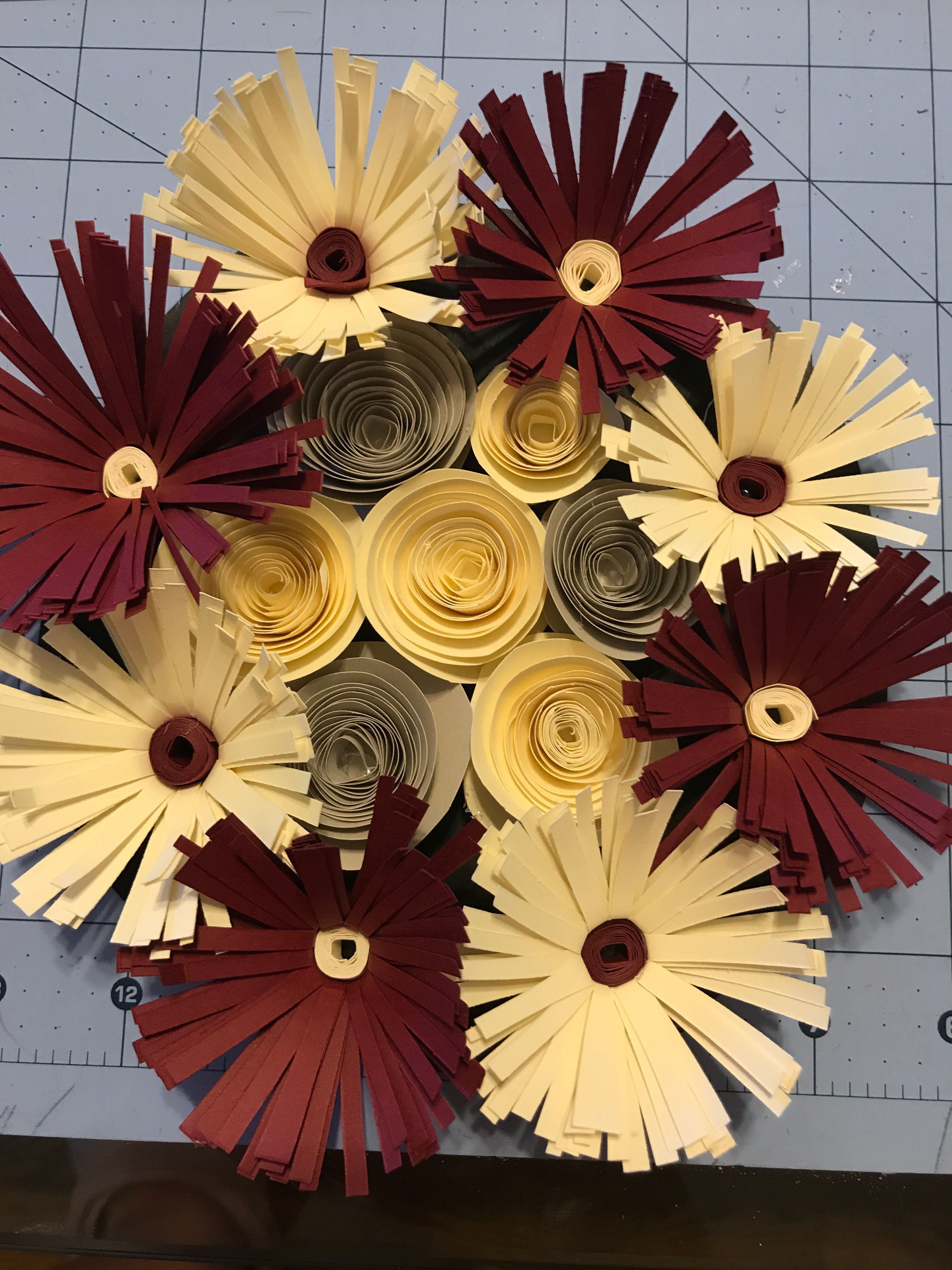 Pin By Renee Mckibben On Paper Flowers Made By Me Pinterest