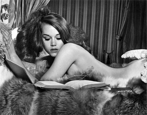 Jane Fonda Nude 34