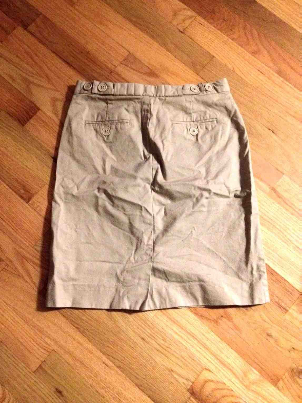 GAP Khaki Pencil Skirt #Swapdom