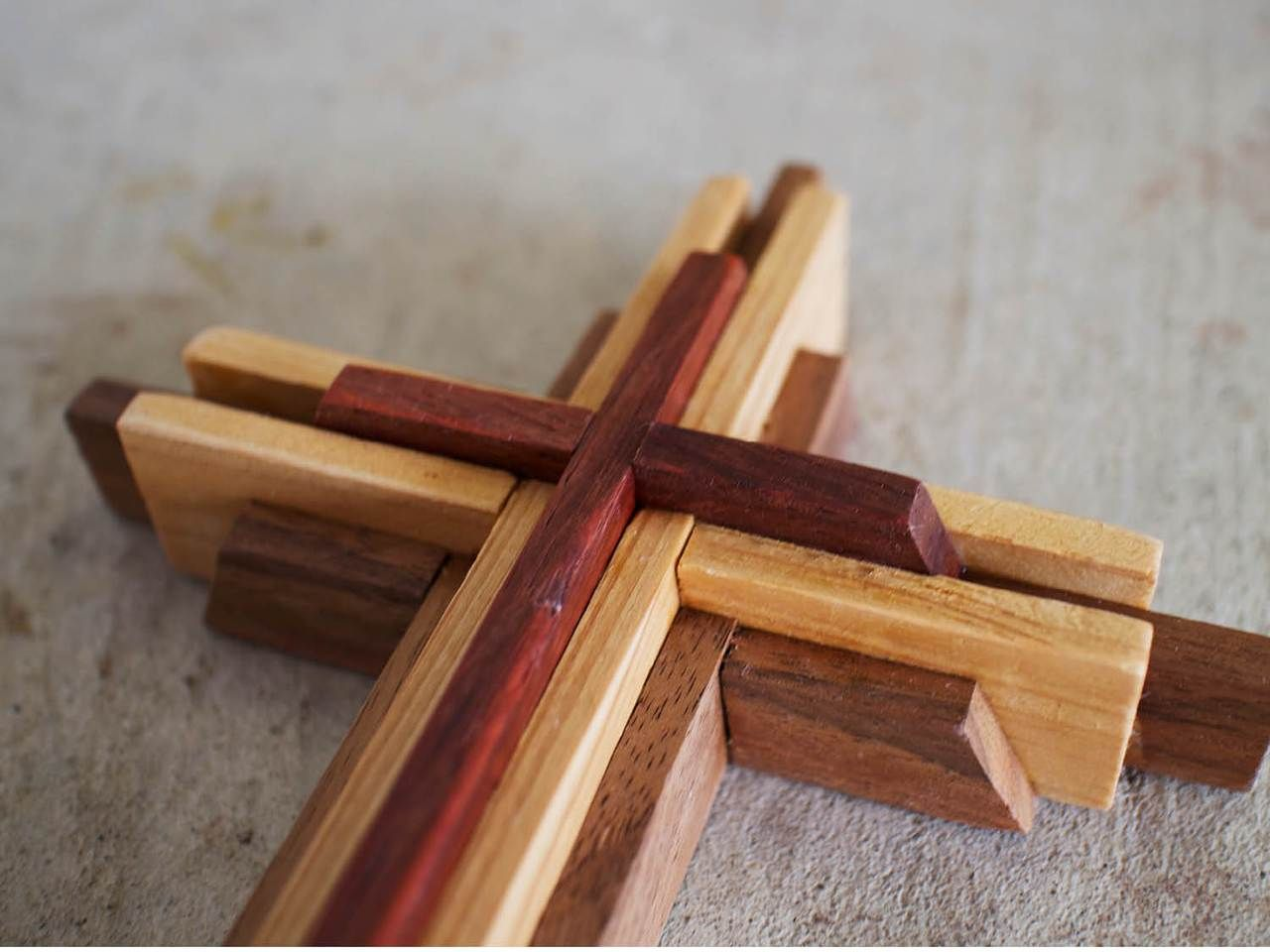 Diy 9 Inch Wood Cross Plans In 2019 Woodworking Hints And Wood Projects Wood Projects Wood