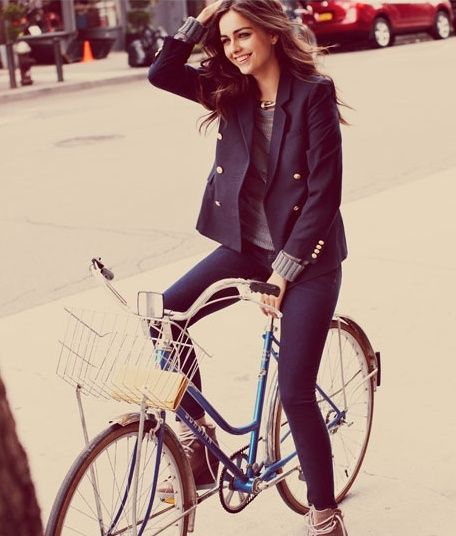 perfect bicycle commuter outfit