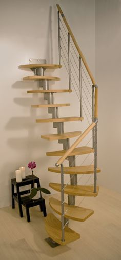 These Space Saver Loft Stair Kits Are Fabulous And Inexpensive And The Company Also Has Matching Bal Deco Maison Escalier Pour Petit Espace Idees Escalier