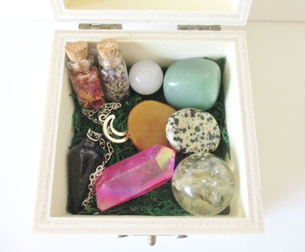Altar Box for Happiness and Healing - altar tools beginner