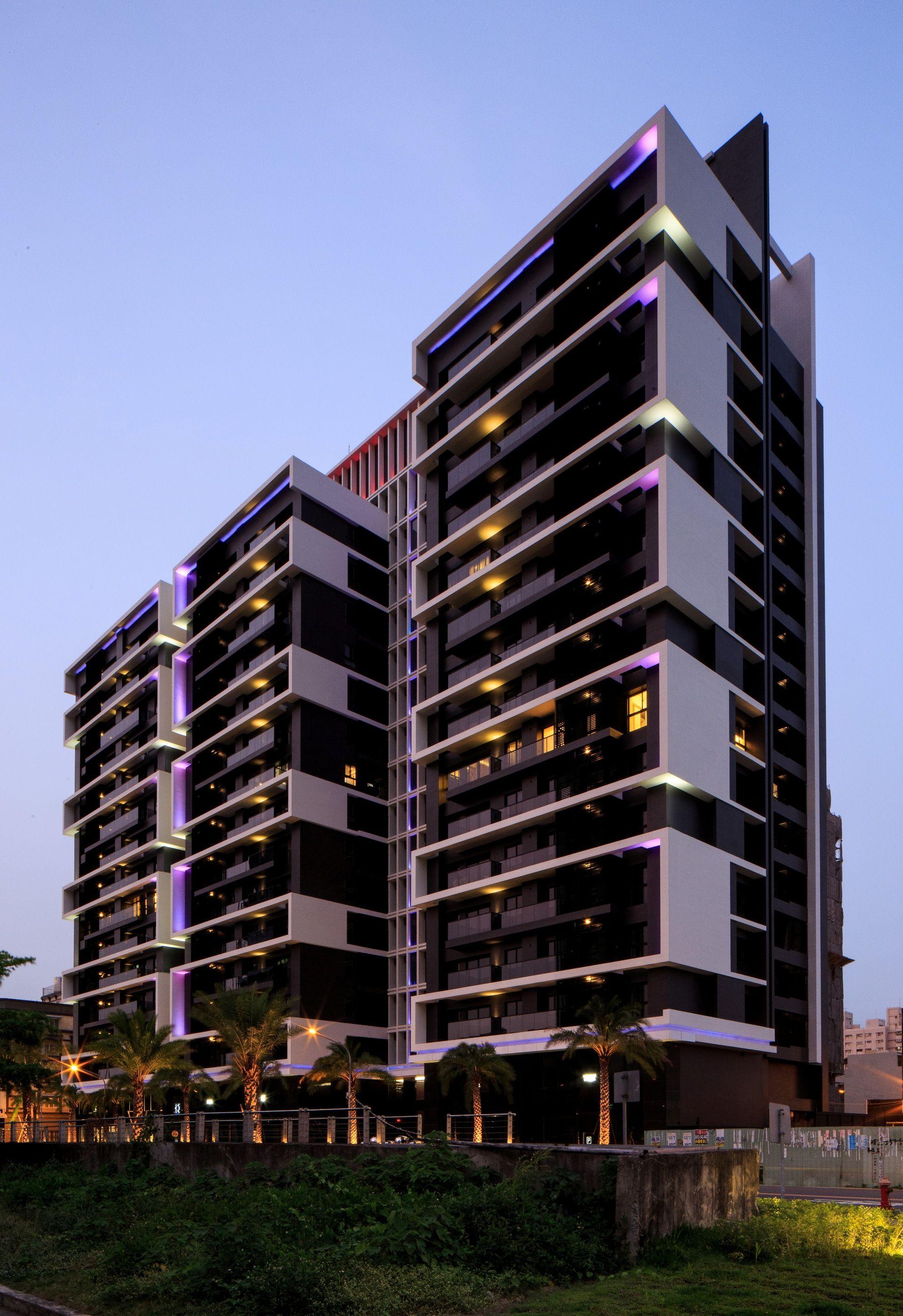 10 072 c d pinterest edificios fachadas y arquitectura for Edificios minimalistas