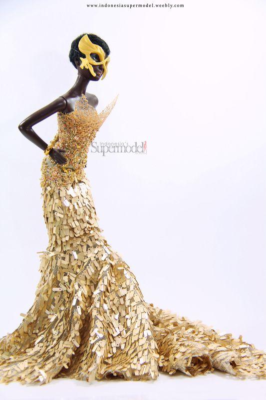 OOAK dress Barbie by Monaarchy Barbie
