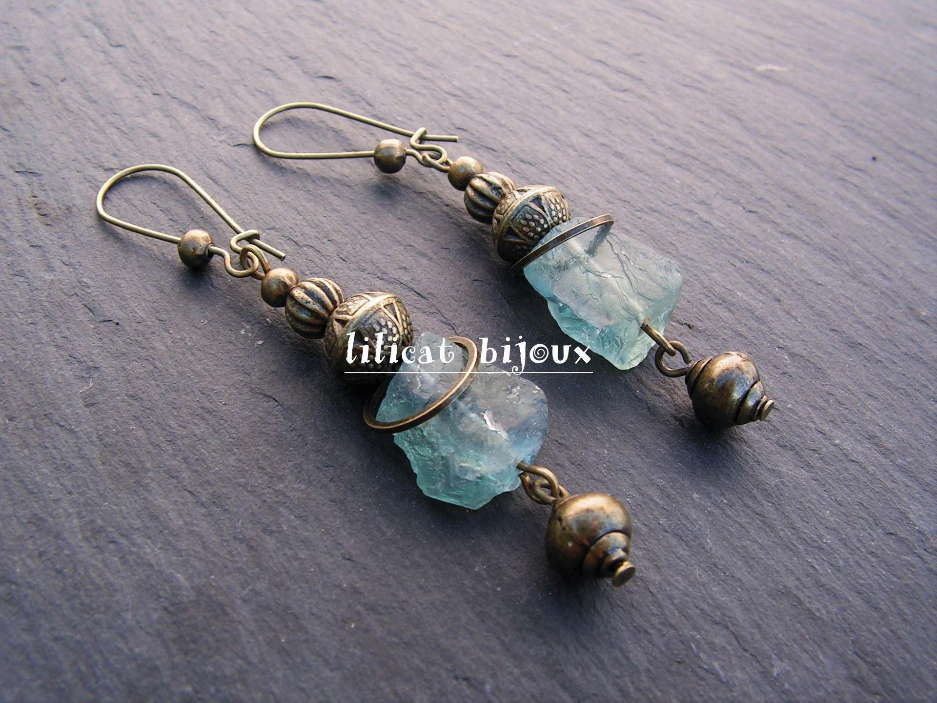 boucles d'oreilles bohème pierre brutes naturelles fluorite : Boucles d'oreille par lilicat
