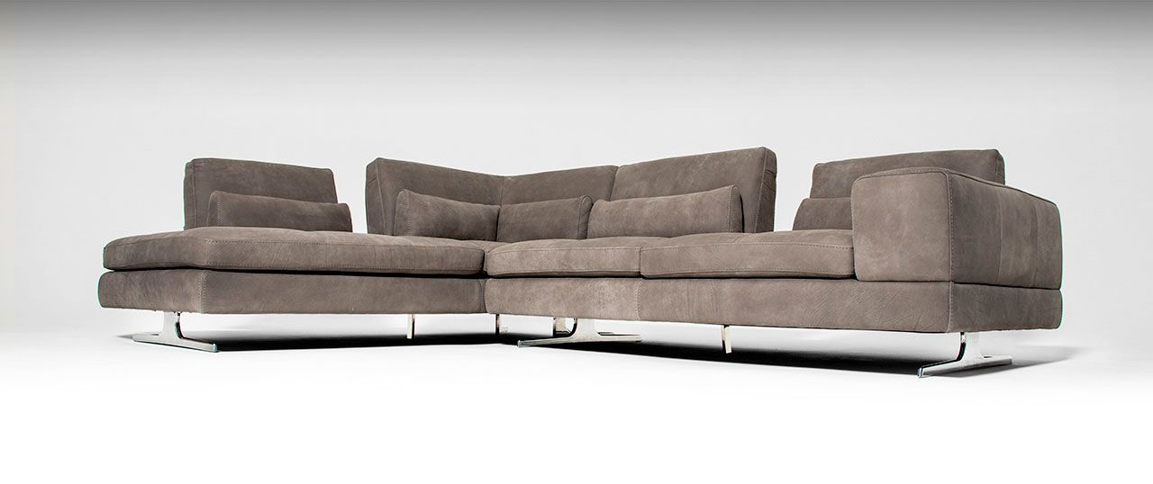 Contemporary Sofas Sectionals in leather fabric with metal