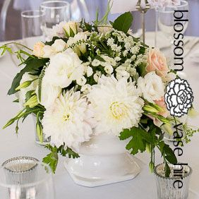 Ceramic vase table centerpiece decor prop hire auckland blossom auckland wedding hire offers a wide range of elegant vases and wedding decor for hire junglespirit Choice Image