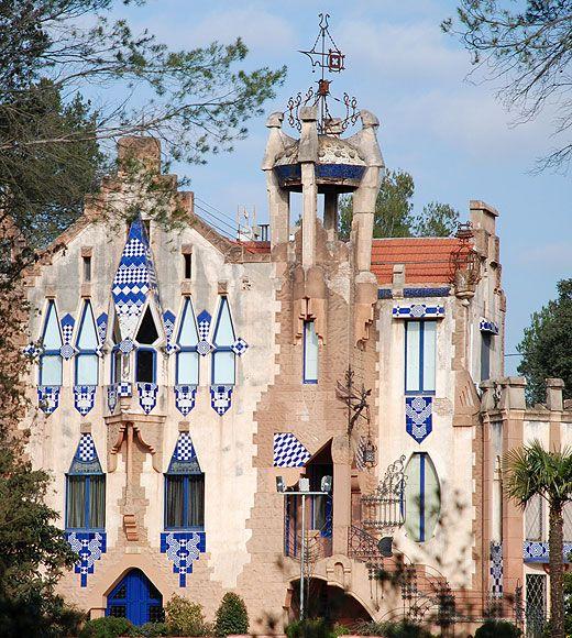 Casa lluch per eduard maria balcells i buigas a sant cugat - Placa barcelona sant cugat ...