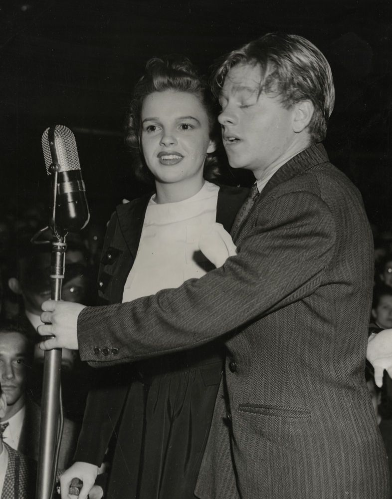 Vintage 1940 christmas photograph of judy garland & mickey rooney ...