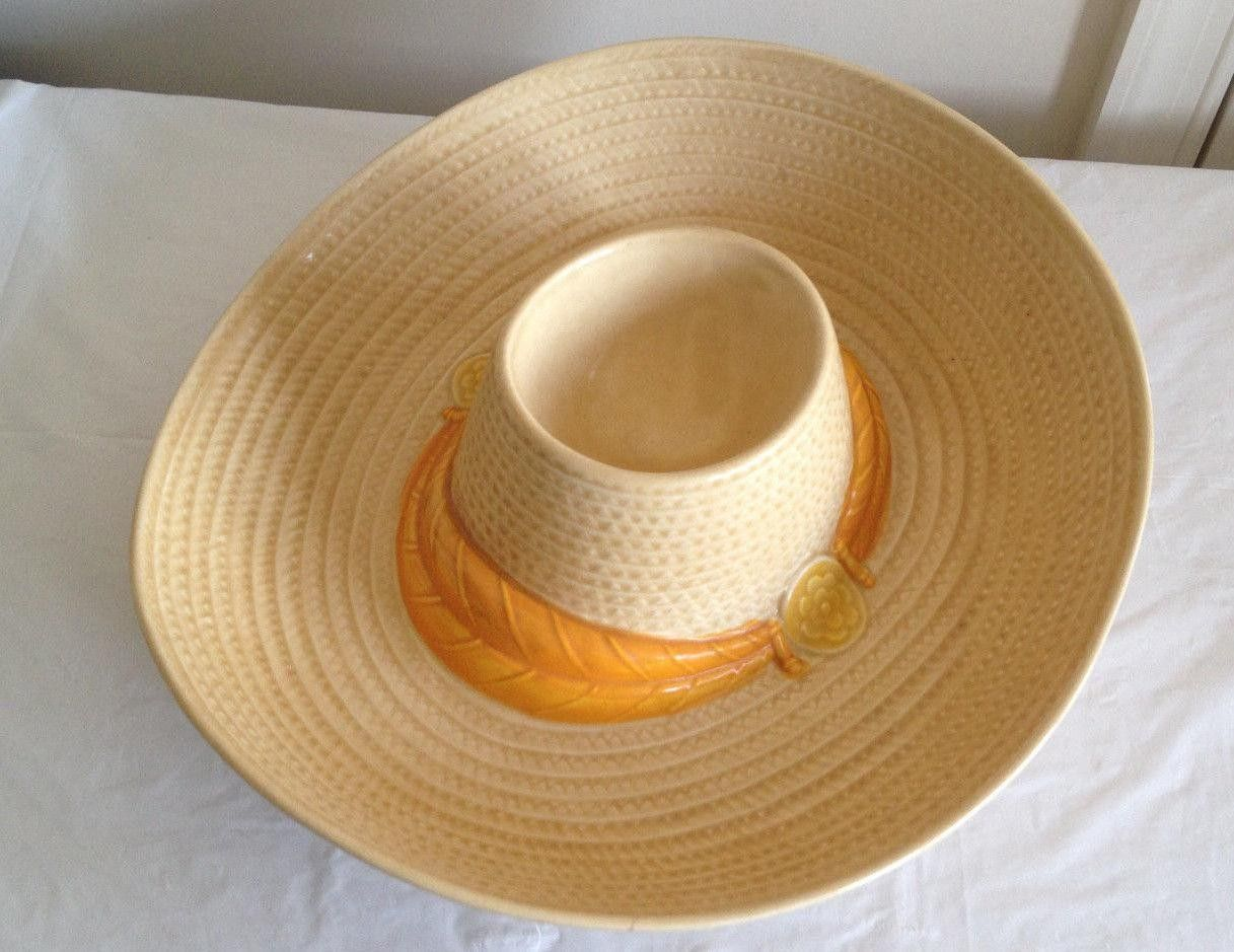 35 2016 Metlox Figural Chip And Dip Bowl Hat Mexican Sombrero Salsa